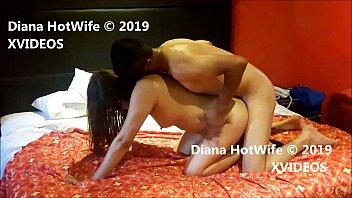 Diana Mi HotWife llegando al orgasmo con un buen amigo!