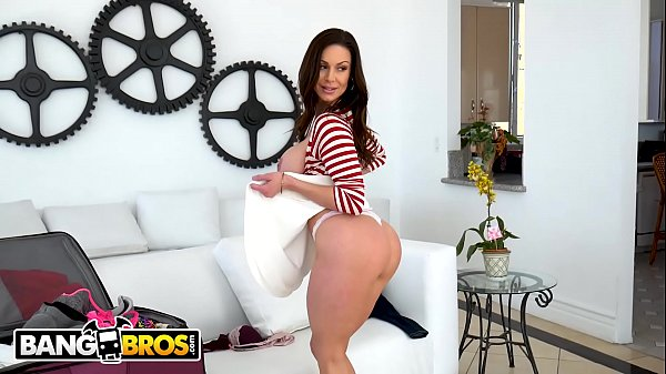 BANGBROS – Behind The Scenes With Big Tits MILF Pornstar Kendra Lust!