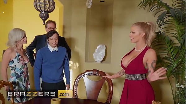 Busty blonde (Joslyn James) joins hot threesome with (Kiara Cole) – Brazzers