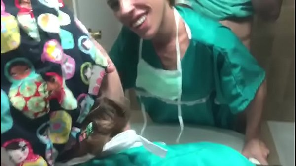 Doctora Chilena Follando en el baño