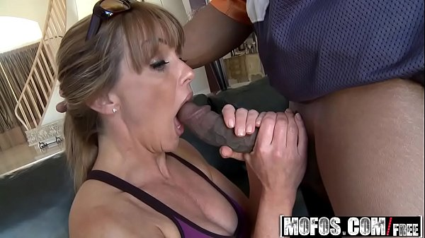 Mofos – Milfs Like It Black – (Shayla Laveaux) – Running On Da Milf